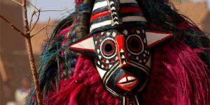 Podróż do czasów pierwotnych, czyli historia powstania masek afrykańskich